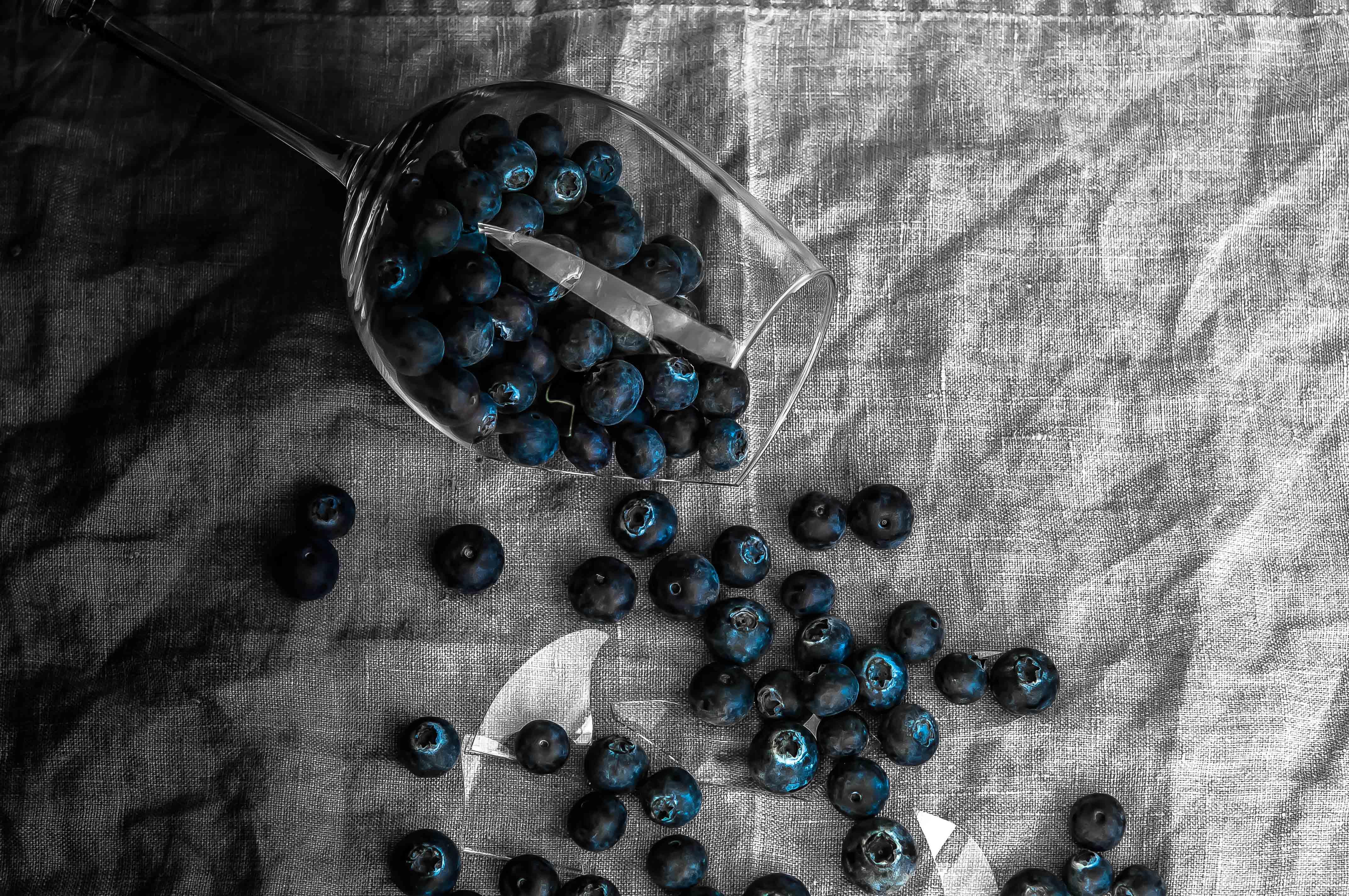 Blaubeeren im Glas (2 von 1)